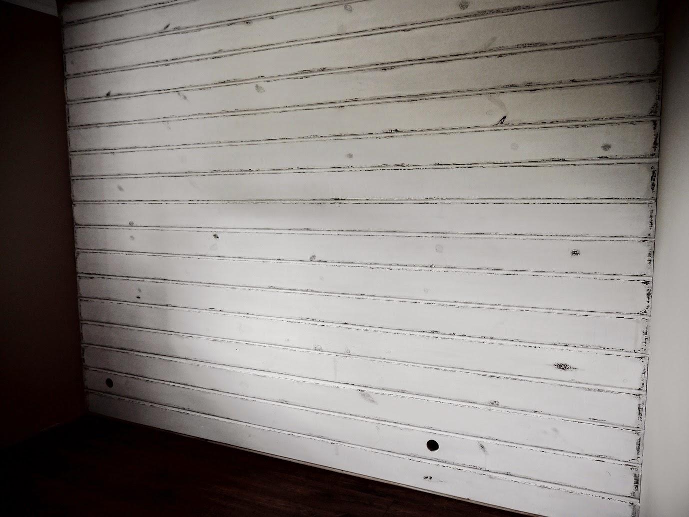 Ściana shabby chic