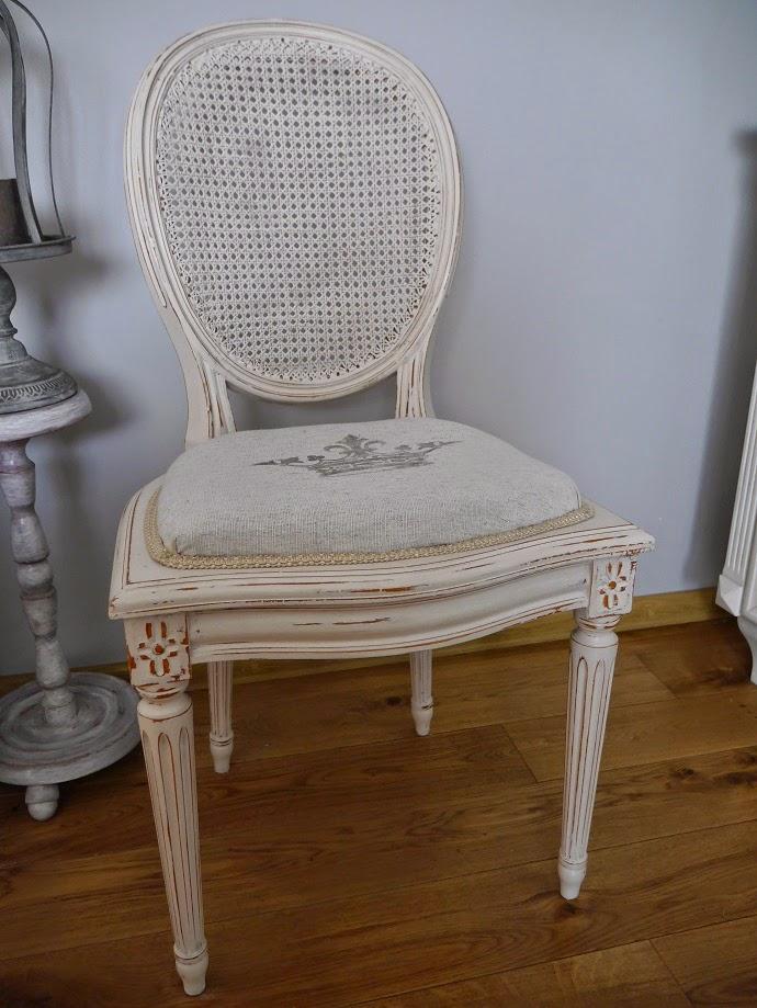 Krzesło z rafią